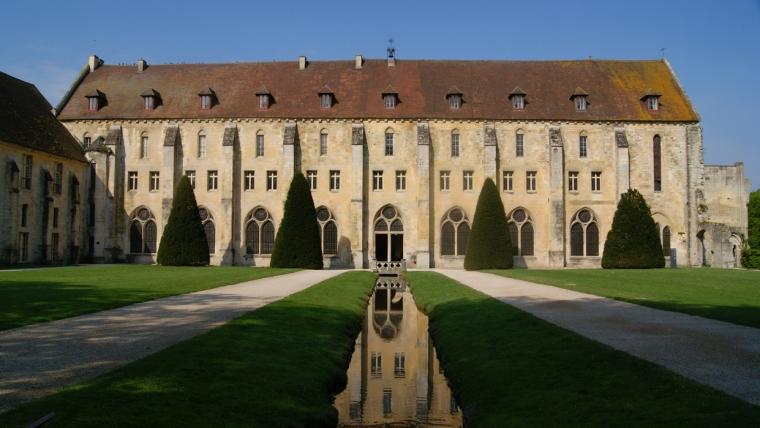 batiment-des-moines-01-royaumont-abbaye-fondation